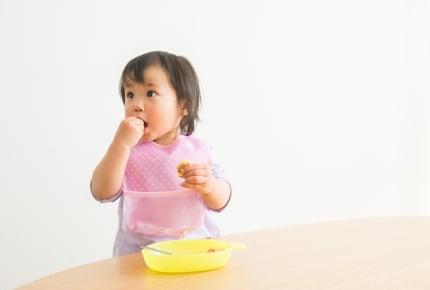 食事のしつけでSOS!すぐ椅子から脱出してしまう子どもをじっと座らせる魔法のテクとは?