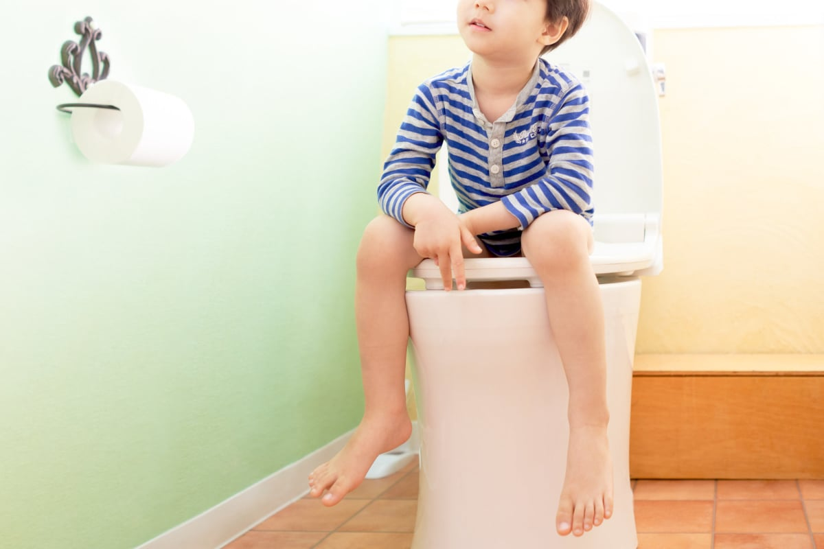 トイレ 男の子 イメージ