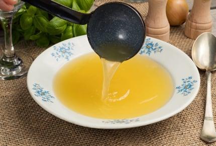 スープの素を使わずに作るおいしいチキンスープのポイントを知りたい