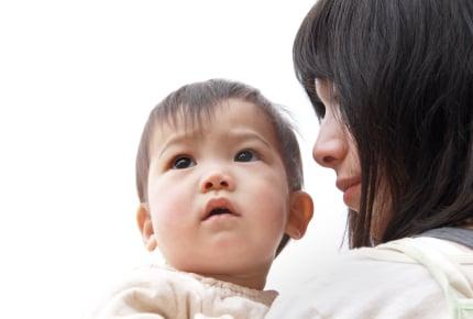 まだ歩かず子どもの成長に悩むママ。寄せられた「大丈夫」という優しい言葉たち