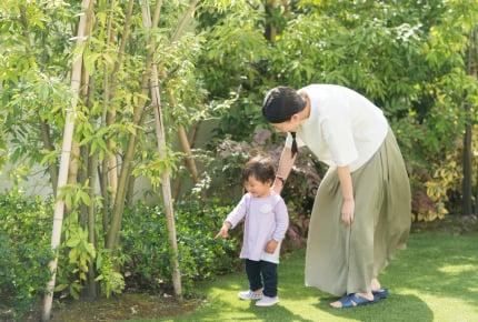 戸建て住まいママが一度は悩む、敷地外のメンテナンス。雑草処理はだれがする?