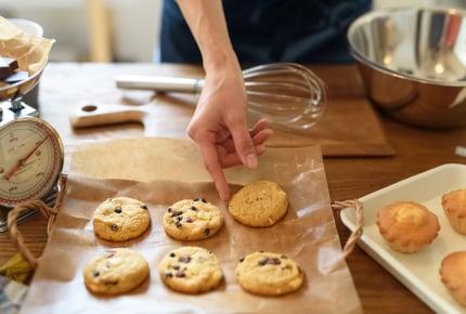 お菓子を手作りするのはどうして?市販品にはない手作りならではの魅力とは