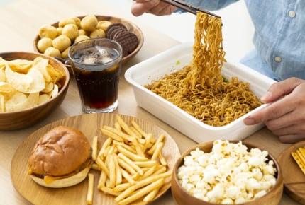 好きなのに食べたら後悔するものは?本当はもっと食べたいのに体が悲鳴をあげる!