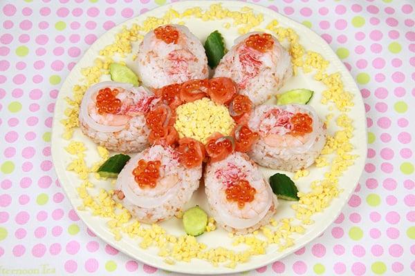 クリスマスレシピ☆お花の寿司ケーキ