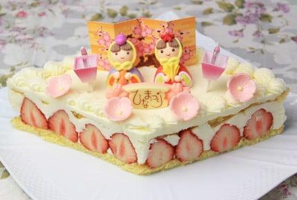 牛乳パックで型も作れる!ひなまつりには苺のひし形ケーキ!