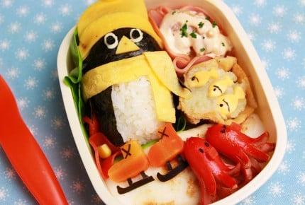 可愛いアイデア弁当!スケートペンギンおにぎりの作り方
