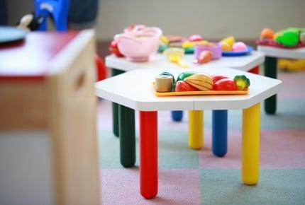 5歳の幼稚園児の子どもの片づけ、手伝いますか?手伝う、手伝わないそれぞれのママの考えとは