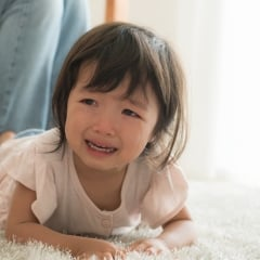 イヤイヤ期の子どもと少し離れる時間がほしい……ママ一人で奮闘する「孤立した子育て」の打開策とは?