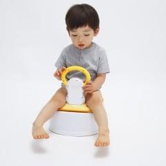 「トイレが怖い」という子ども。進まないトイトレ、先輩ママが実践した解決策は?